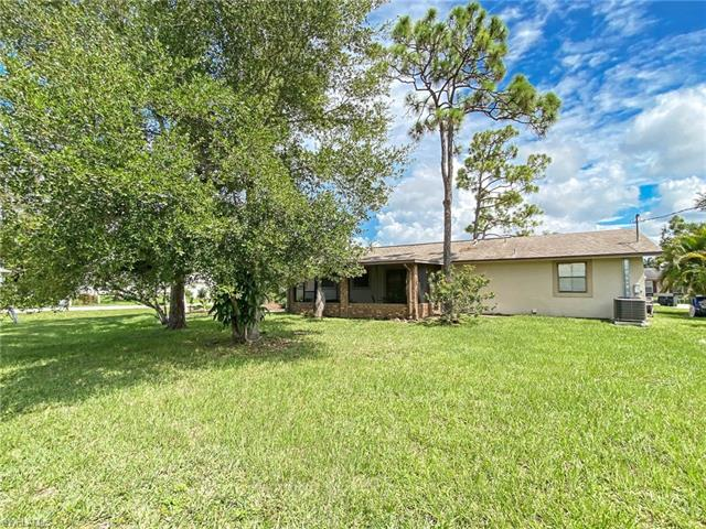 9168 Temple Rd E, Fort Myers, FL 33967