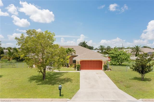 242 Richmond Ave S, Lehigh Acres, FL 33936