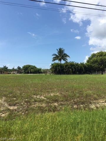 2504 Sw 32nd St, Cape Coral, FL 33914