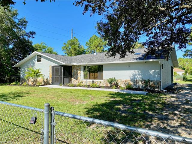 101 Xelda Ave N, Lehigh Acres, FL 33971