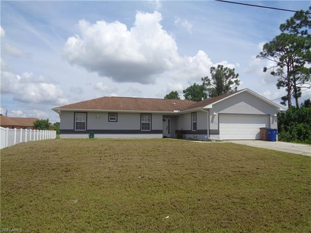 3802 19th St Sw, Lehigh Acres, FL 33976