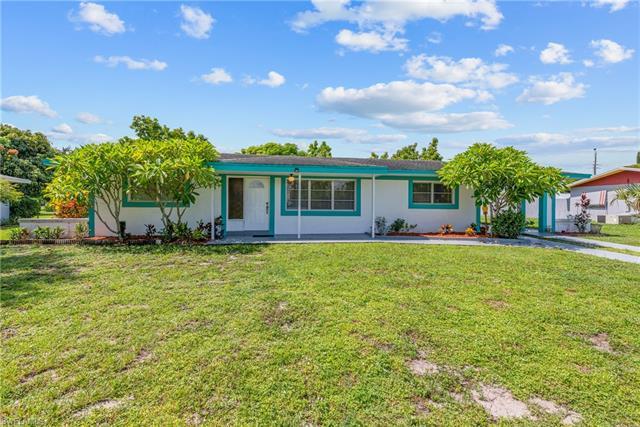 1504 Grandale St, Lehigh Acres, FL 33936