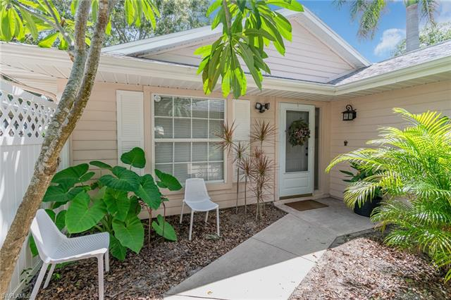 14819 Crooked Pond Ct, Fort Myers, FL 33908