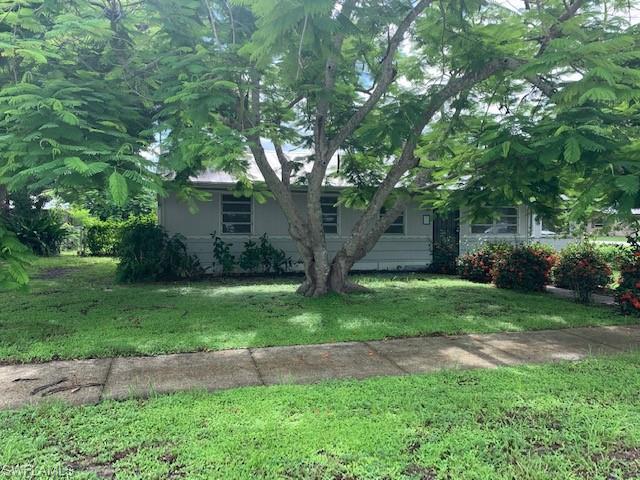 3857 La Palma St, Fort Myers, FL 33901