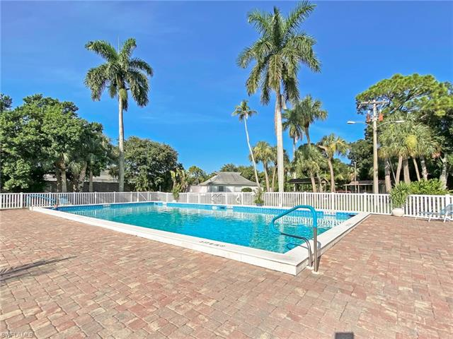 1517 Tropic Ter, North Fort Myers, FL 33903