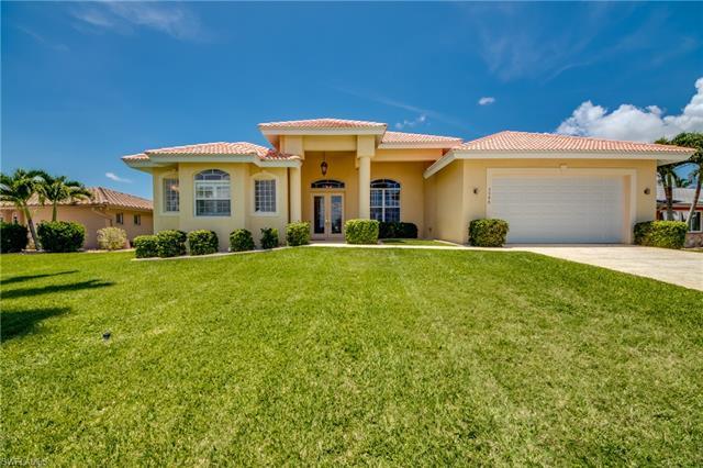 5346 Bayshore Ave, Cape Coral, FL 33904