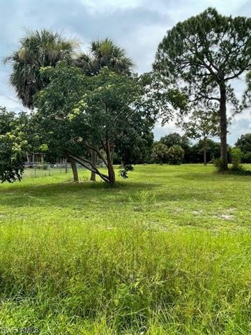 8018 Grady Dr, North Fort Myers, FL 33917