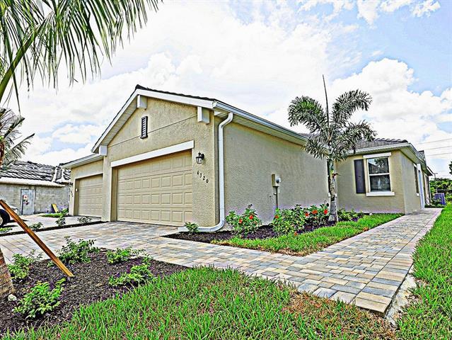 4320 Lemongrass Dr, Fort Myers, FL 33916