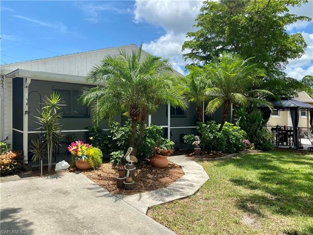 288 Poe Ave, North Fort Myers, FL 33917