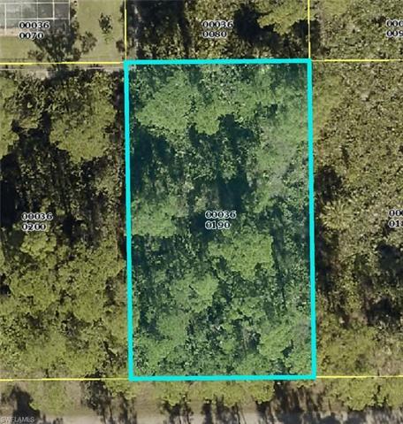 2810 18th St W, Lehigh Acres, FL 33971