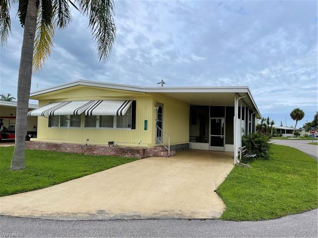 14500 Nathan Hale Ln, North Fort Myers, FL 33917