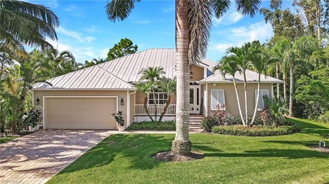 8727 Lakefront Ct, Fort Myers, FL 33908