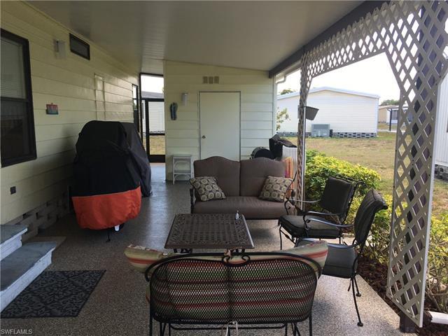 564 Horizon Dr, North Fort Myers, FL 33903