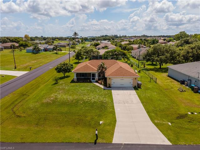 307 Nw 3rd Ave, Cape Coral, FL 33993