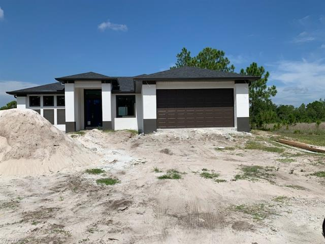 1413 Roosevelt Ave, Lehigh Acres, FL 33972