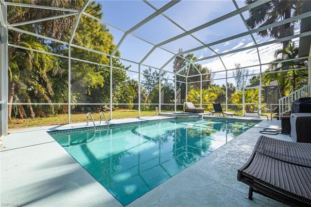 6064 Waterway Bay Dr, Fort Myers, FL 33908