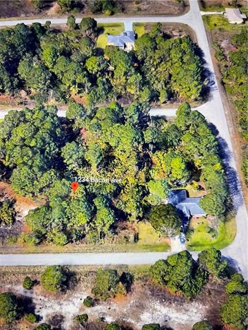 1234 Bacon Ave, Fort Myers, FL 33913