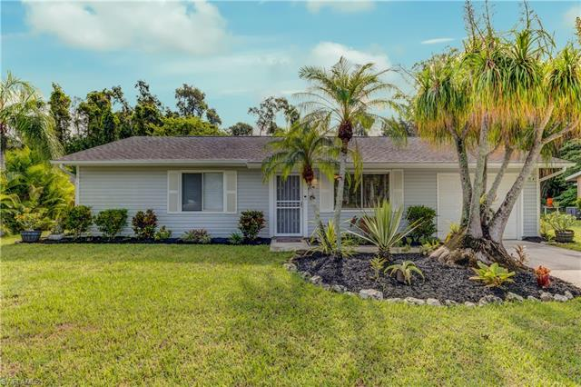 18501 Oriole Rd, Fort Myers, FL 33967