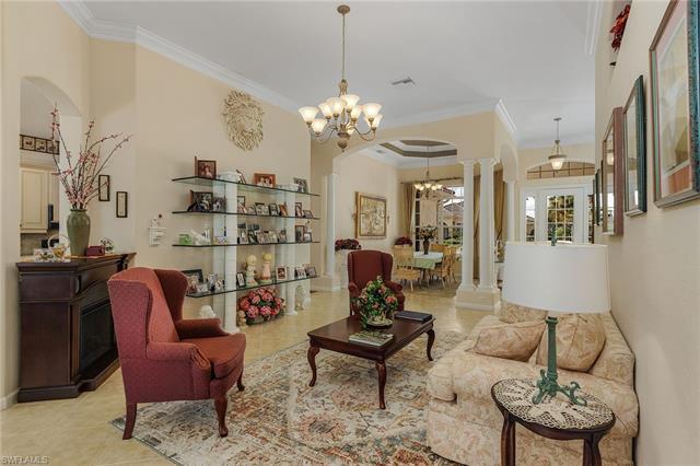 11917 Heather Woods Ct, Naples, FL 34120