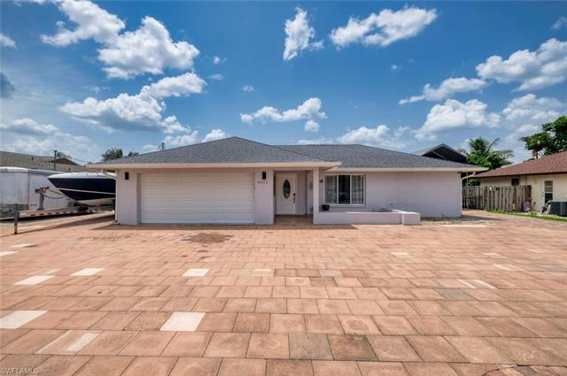 18432 Holly Rd, Fort Myers, FL 33967
