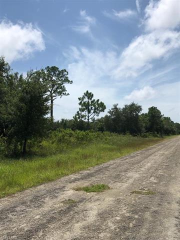 1016 Abbott Ave, Lehigh Acres, FL 33972