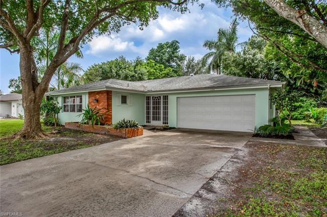 1544 Covington Cir E, Fort Myers, FL 33919
