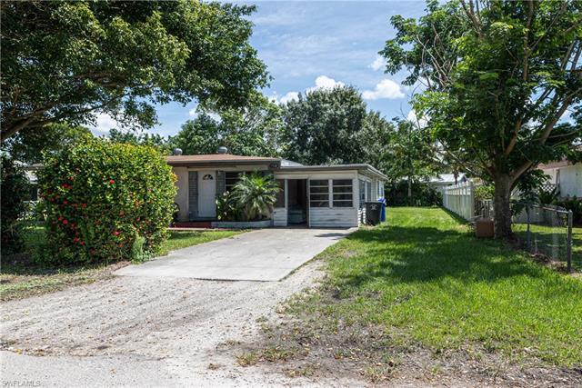 3926 Seminole Ave, Fort Myers, FL 33916