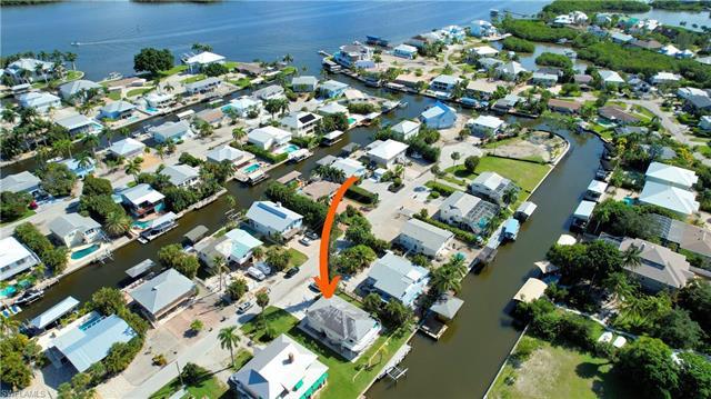 4 Pepita St, Fort Myers Beach, FL 33931