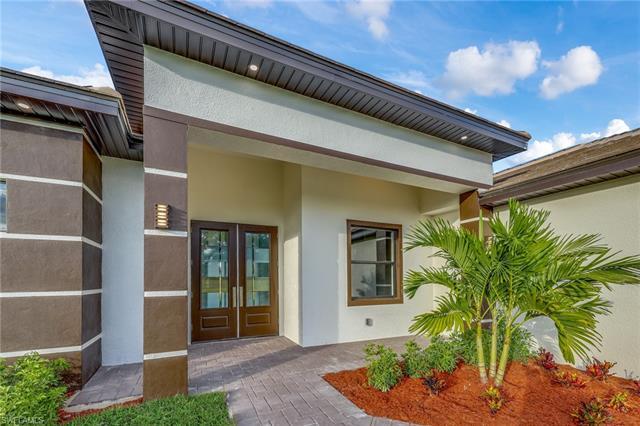 611 Nw 5th St, Cape Coral, FL 33993