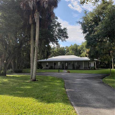 1168 Turkey Ln, Moore Haven, FL 33471