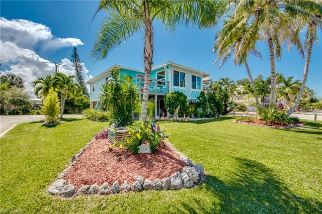 120 Bay Mar Dr, Fort Myers Beach, FL 33931