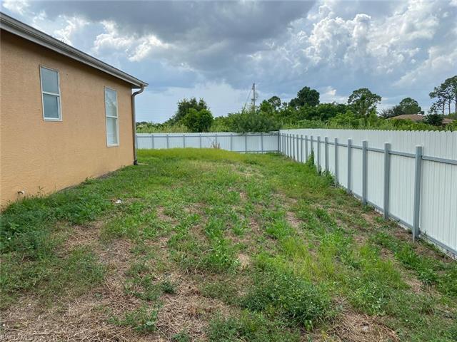 228 Ichabod Ave S, Lehigh Acres, FL 33973