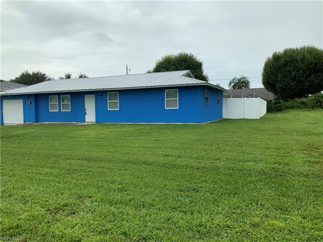 2118 Ne 23rd Ave, Cape Coral, FL 33909
