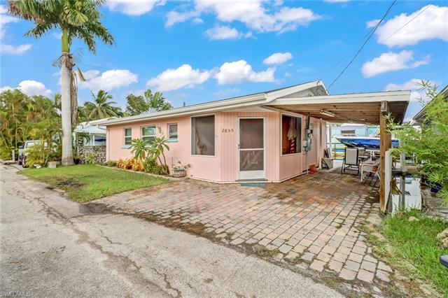 2650 Pine St, Matlacha, FL 33993