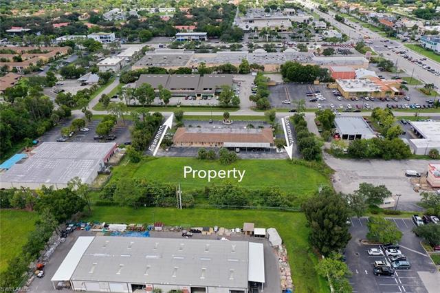12830 Kenwood Ln, Fort Myers, FL 33907