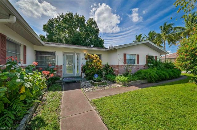 4300 Harbour Ln, North Fort Myers, FL 33903