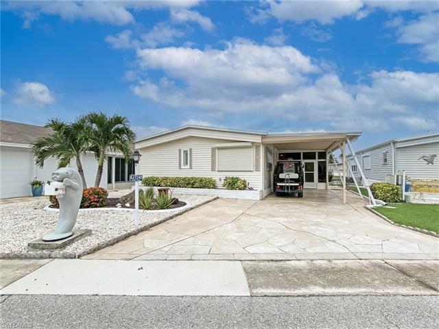 17770 Bryan Ct, Fort Myers Beach, FL 33931