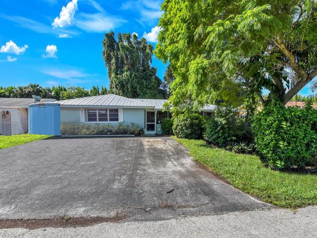 1032 Southdale Rd, Fort Myers, FL 33919