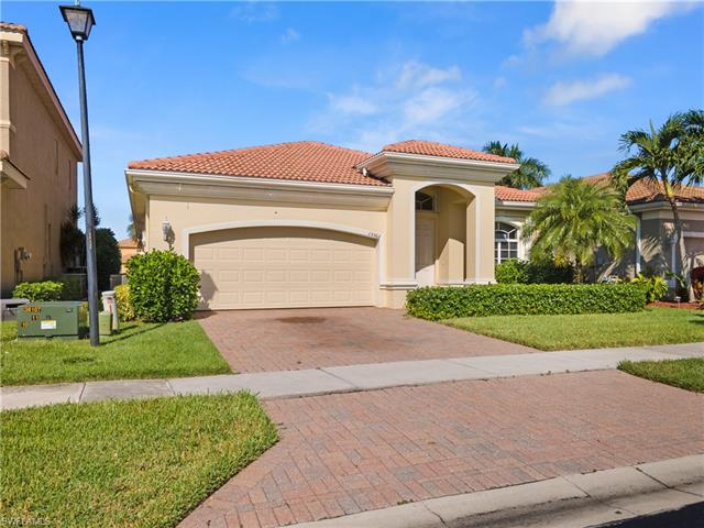 15562 Alton Dr, Fort Myers, FL 33908