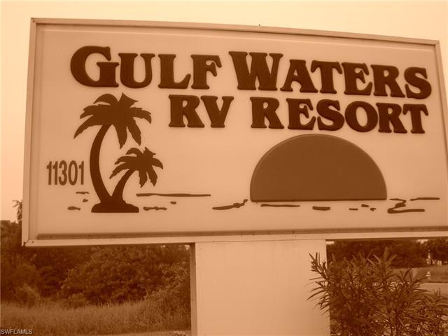 224 S Stingray Ln, Fort Myers Beach, FL 33931