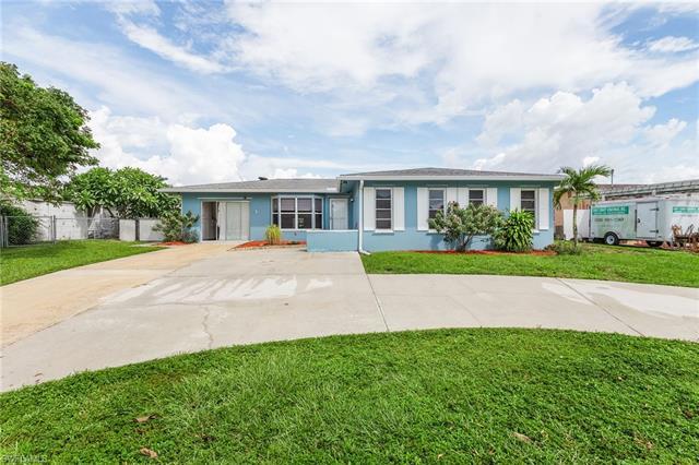 4330 Orange Grove Blvd, North Fort Myers, FL 33903
