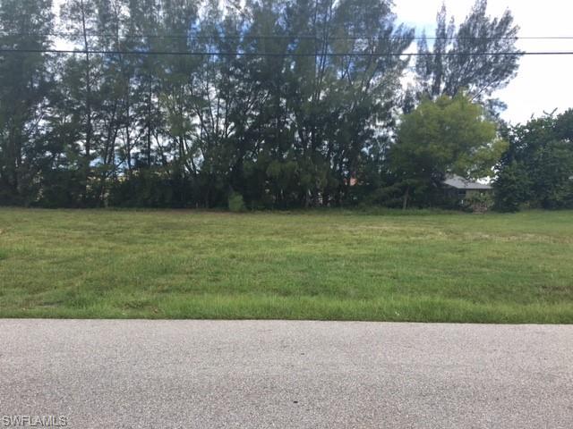 2206 Sw 15th Ave, Cape Coral, FL 33991