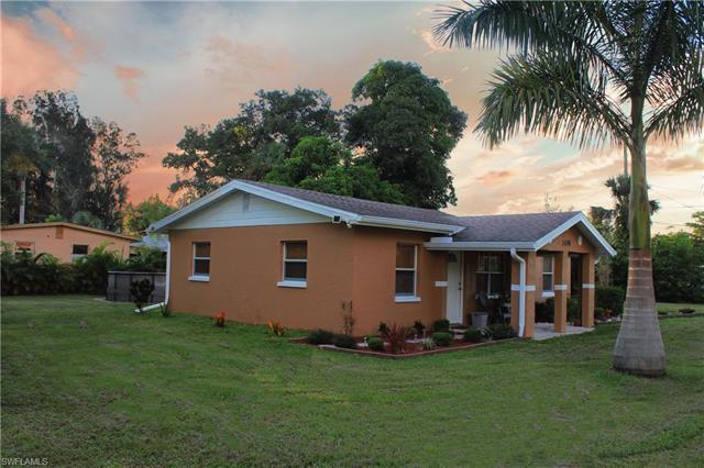 1438 Marsh Ave, Fort Myers, FL 33905
