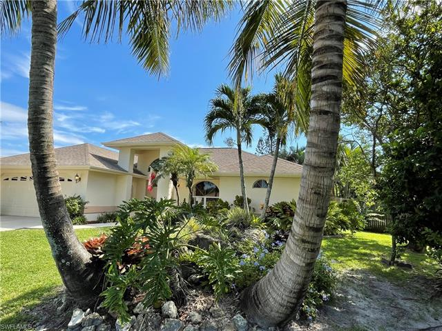 2301 Se 8th Pl, Cape Coral, FL 33990