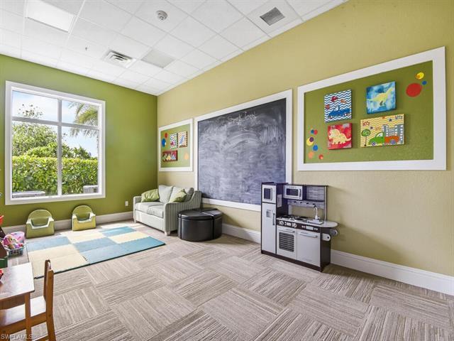4324 Dutchess Park Rd, Fort Myers, FL 33916