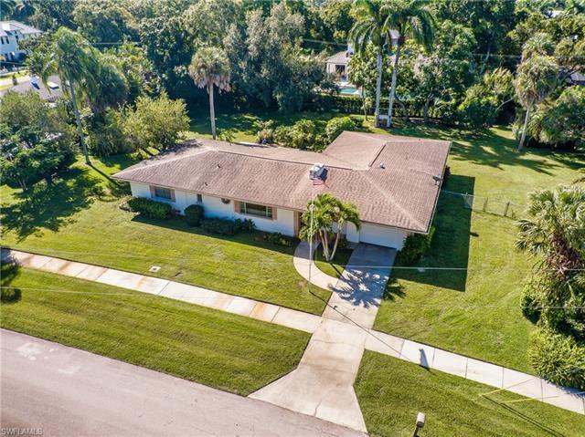1328 Hanton Ave, Fort Myers, FL 33901