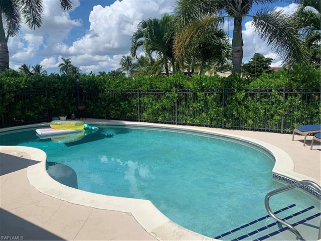 957 Wittman Dr, Fort Myers, FL 33919