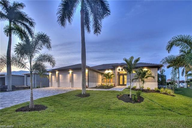 154 Sw 49th St, Cape Coral, FL 33914