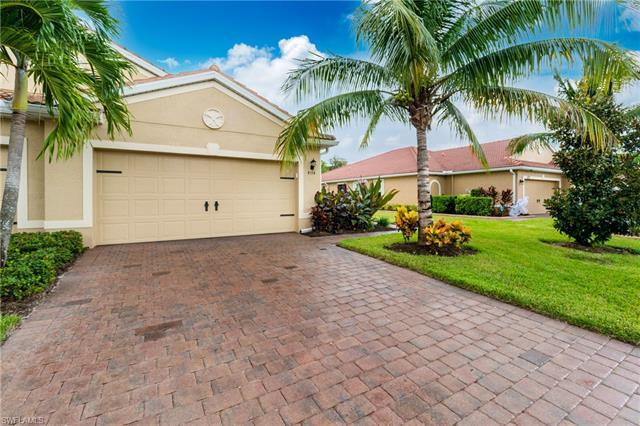 4174 Dutchess Park Rd, Fort Myers, FL 33916