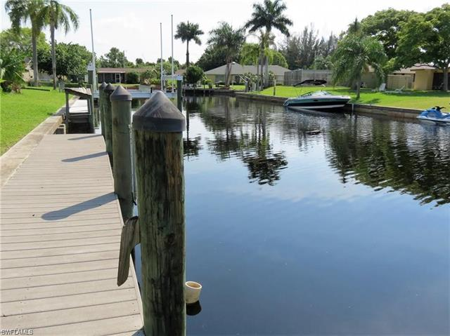 385 Bamboo Dr, North Fort Myers, FL 33917